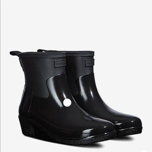 NEW • Hunter • Refined Low Heel Biker Boots Black